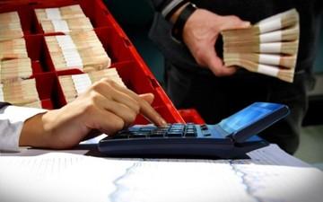 Από τι κινδυνεύουν οι καταθέσεις στις ελληνικές τράπεζες
