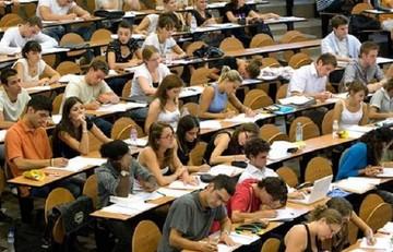 Τι περιλαμβάνει το νέο νομοσχέδιο για την Παιδεία- Επιστρέφουν οι «αιώνιοι» φοιτητές