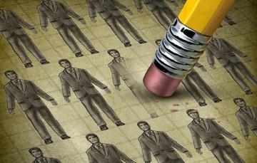 Η απολύση συναδέλφου προκαλεί επιπτώσεις στην υγεία αυτών που μένουν πίσω