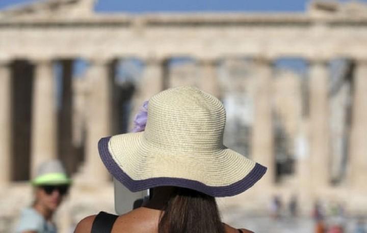 Ρεκόρ για τον ελληνικό τουρισμό το 2016- Αυξάνονται οι Γερμανοί τουρίστες