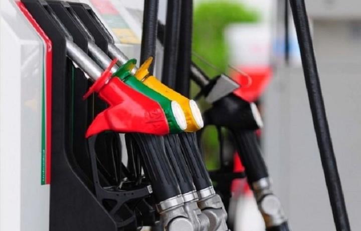 Γιατί η τιμή των καυσίμων δεν υποχωρεί στην Ελλάδα
