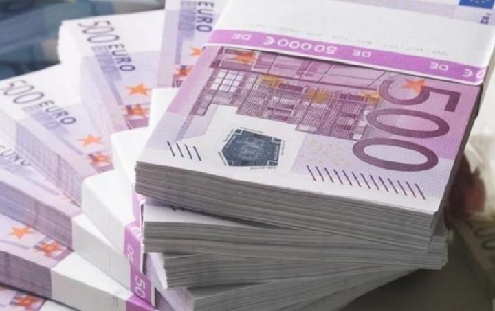 «Χρυσά» αναδρομικά σε συνταξιούχους βουλευτές - Πόσα χρήματα θα λάβουν