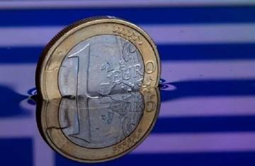 Πτωτικά κινείται σήμερα το ευρώ