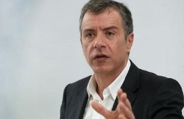 Θεοδωράκης: Θα δώσουμε τη μάχη ώστε να περισώσουμε ότι μπορούμε