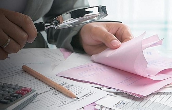 Ποιες «διορθώσεις» ετοιμάζονται για τις εισφορές 1.000.000 επαγγελματιών