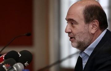 Αλεξιάδης: Δεν θα αυξηθεί ο ΕΦΚ στα καύσιμα το 2016