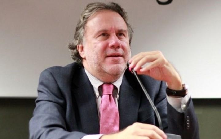 Κατρούγκαλος: Διορθώσεις σε εισφορές ελεύθερων επαγγελματιών