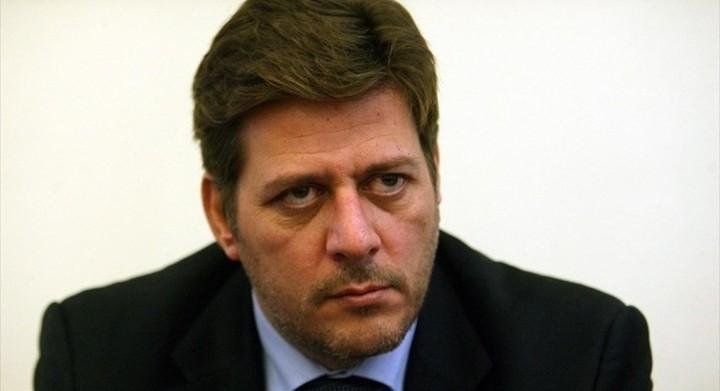 Την παραίτηση του υπουργού Ναυτιλίας ζητά ο Βαρβιτσιώτης