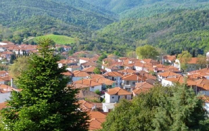 Αλλάζουν οι όροι δόμησης 13.000 μικρών οικισμών