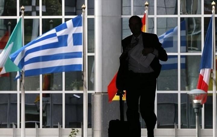 Επιστρέφουν αύριο οι δανειστές - Νέος γύρος διαπραγματεύσεων