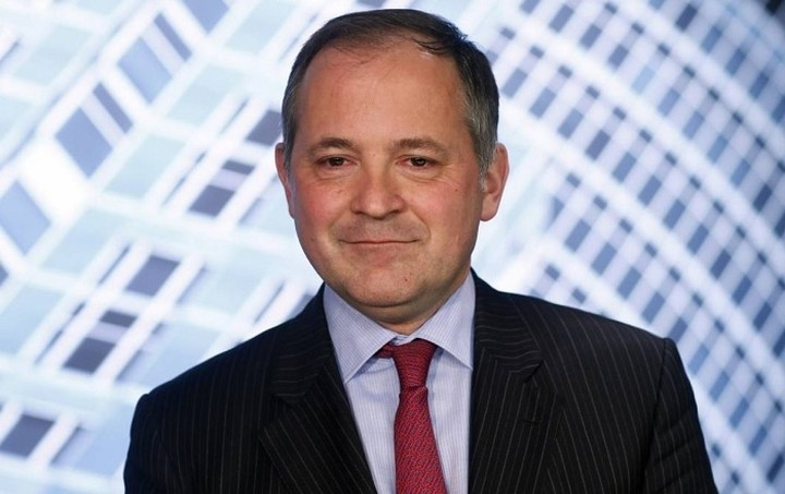 Περισσότερο δημοσιονομικό «χώρο» ζητά ο Κερέ