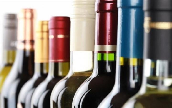 ΠΕΔ-ΚΜ: Να καταργηθεί ο ειδικός φόρος κατανάλωσης στο κρασί