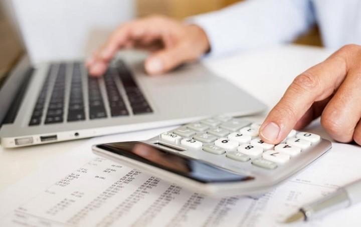 Ποιοι ελεύθεροι επαγγελματίες θα έχουν μείωση έως και 40% στις εισφορές τους