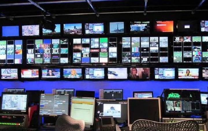 Στη Βουλή η τροπολογία για τις τηλεοπτικές άδειες