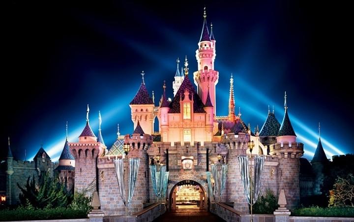 H Disneyland αναζητά προσωπικό στην Ελλάδα - Όλες οι λεπτομέρειες