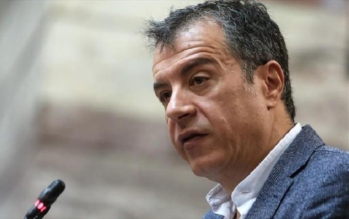Θεοδωράκης: Συγκρουόμαστε για να έχουμε ένα καλύτερο μέλλον για τα παιδιά μας