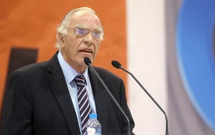 Λεβέντης: Μόνο μια οικουμενική κυβέρνηση θα επιτύχει χαλάρωση του προγράμματος