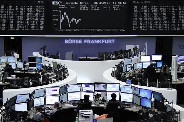 Απώλειες άνω του 2% για τις ευρωαγορές