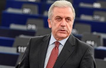 Αβραμόπουλος: Δεν τίθεται θέμα για το τέλος της ζώνης Σένγκεν