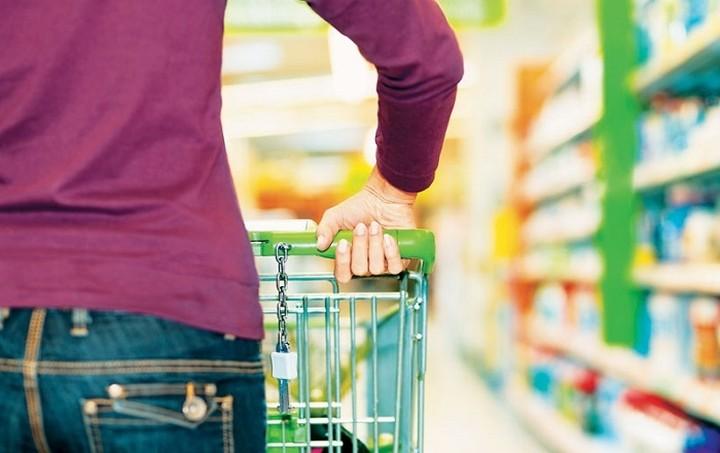 Tα κόλπα των εταιριών για να αγοράζουμε τα προϊόντα τους