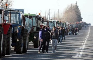 Σε ποια σημεία στήνουν μπλόκα οι αγρότες και για πόσο