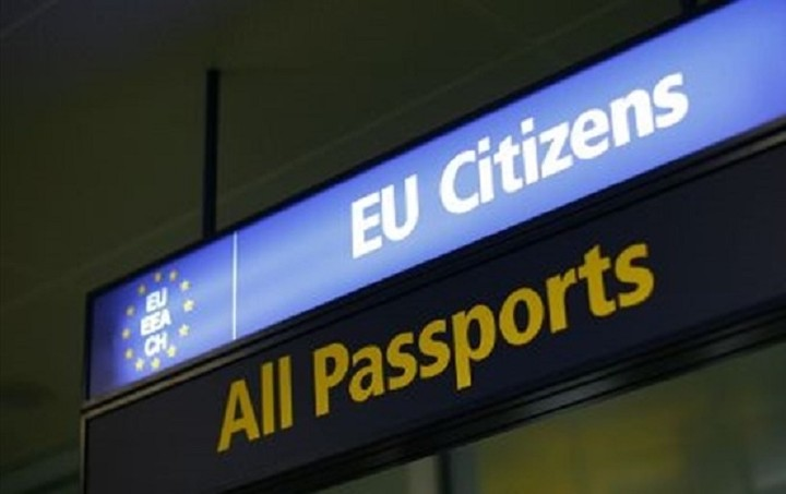 ΕΕ: Δεν τίθεται θέμα εξόδου της Ελλάδας από τη Σένγκεν