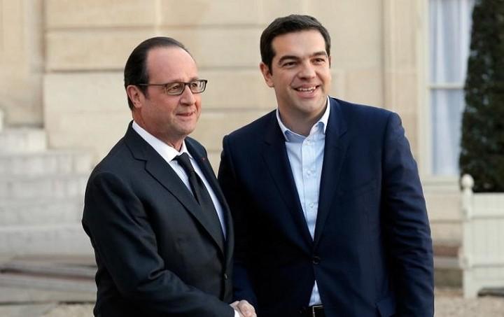 Συνάντηση Τσίπρα - Ολάντ στο Παρίσι στις 17 Φεβρουαρίου