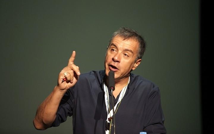 Θεοδωράκης: Εκλογές δεν πρέπει να γίνουν