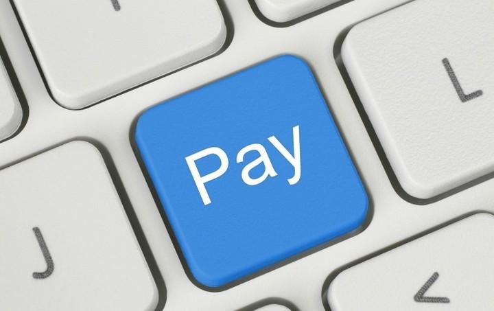 ΕΤΕ: Οι ηλεκτρονικές πληρωμές περιορίζουν την ύφεση