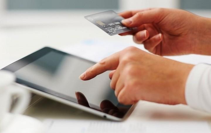 Στα πάνω τους οι e-αγορές - Τι κερδίζουν όσοι ψωνίζουν από το Internet