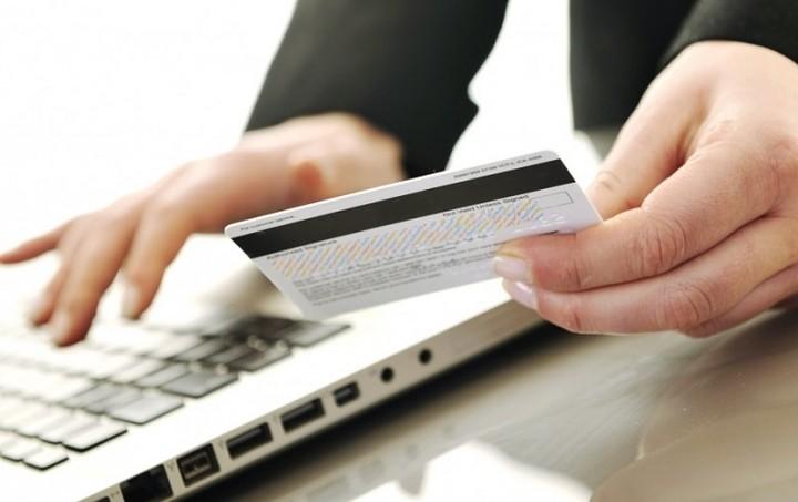 Πόσο μας κοστίζουν οι συναλλαγές μέσω ίντερνετ