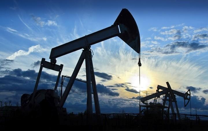 «Κατηφορίζει» η τιμή του αργού στην αγορά πετρελαίου