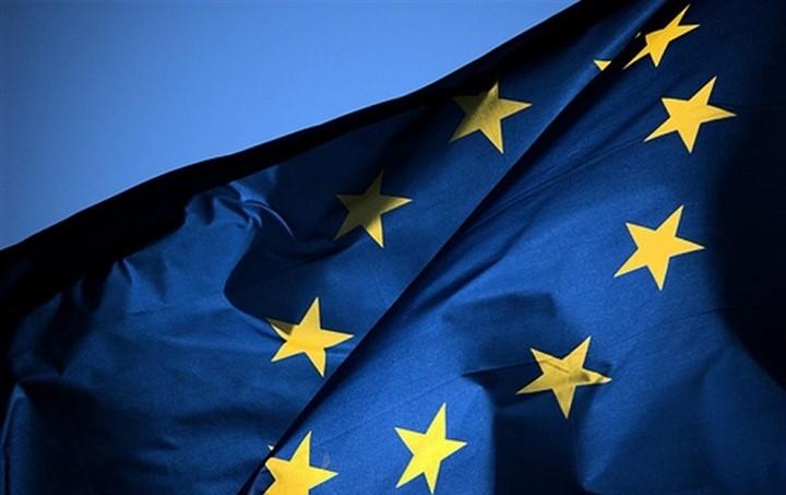 Έρευνα: Κοινές ευρωπαϊκές λύσεις για προσφυγικό θέλουν οι πολίτες της ΕΕ