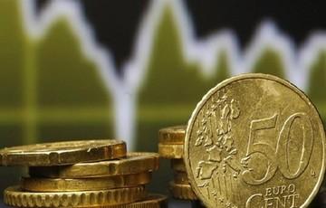 Σε ανοδική τροχιά το ευρώ έναντι του δολαρίου