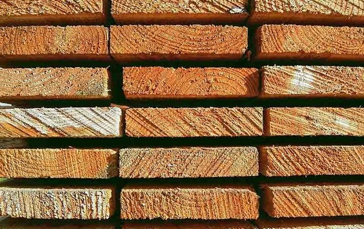 Χαμηλή η ζήτηση των προϊόντων ξύλου, σύμφωνα με την IBHS