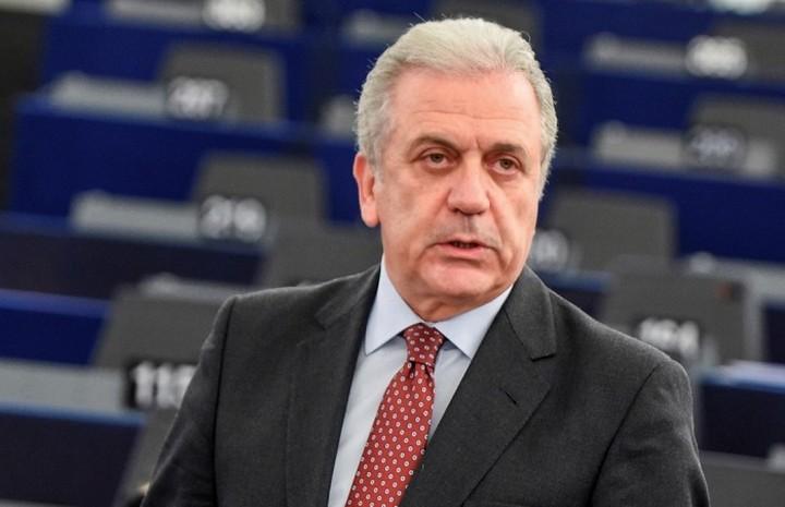 Aβραμόπουλος: Ετοιμάζουμε έκτακτα σχέδια για το προσφυγικό