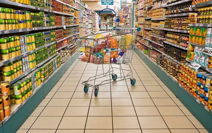 «Γεννιέται» ο νέος γίγαντας στη λιανική – Η αλυσίδα με τζίρο 1% του ΑΕΠ