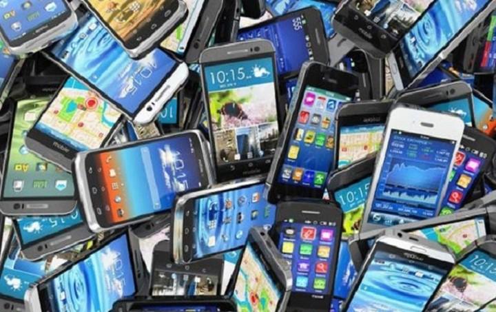 Αυτό είναι το φθηνότερο smartphone του κόσμου - Δείτε πόσο κοστίζει