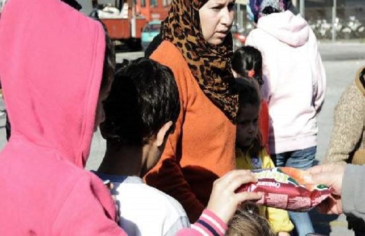 Χωρίς ΦΠΑ τα τρόφιμα για δωρεές στους πρόσφυγες