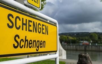 Ακριβότερες κατά 7 δισ. ευρώ οι μεταφορές σε ενδεχόμενο Σένγκεν-exit