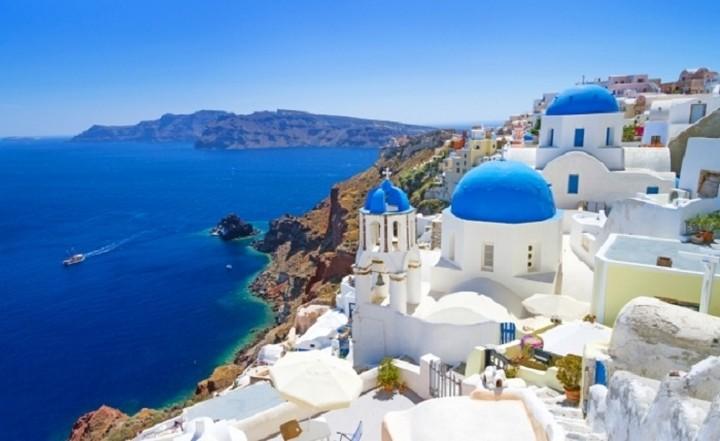 Κατακερματισμένος ο ελληνικός ξενοδοχειακός κλάδος - Τι συμβουλεύει η PwC