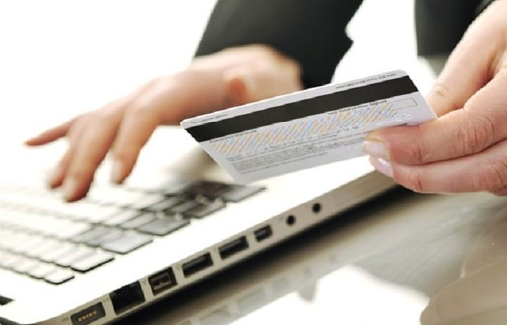 Ποσό κοστίζει να στείλεις λεφτά σε άλλη τράπεζα μέσω Internet