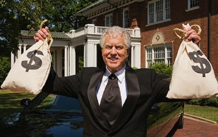 Δύο Έλληνες στη λίστα του Forbes με τους πλουσιότερους στον κόσμο