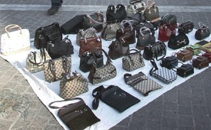 Οι «μαϊμού» τσάντες και τα ρολόγια κοστίζουν στην ΕΕ 3,5 δισ. τον χρόνο