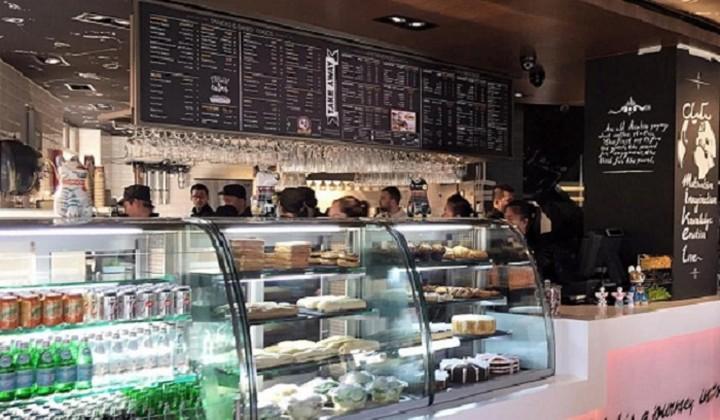 Ποια ελληνική αλυσίδα άνοιξε το πρώτο της κατάστημα στο Ντουμπάι