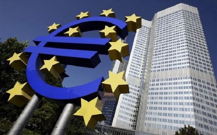 ΕΚΤ: Μείωση των βασικών επιτοκίων