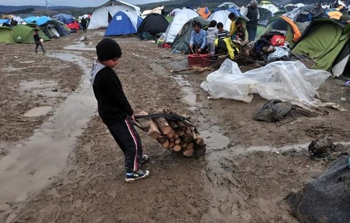 Άμεση εκταμίευση 100 εκατ. από την ΕΕ στην Ελλάδα για την ανθρωπιστική βοήθεια