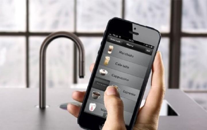 Είναι γεγονός τώρα τα smartphones φτιάχνουν και ...καφέ!