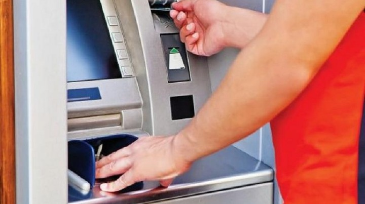Αυτή είναι η απόφαση για τις αλλαγές στα capital controls – Τι θα ισχύσει για δάνεια και προθεσμιακές
