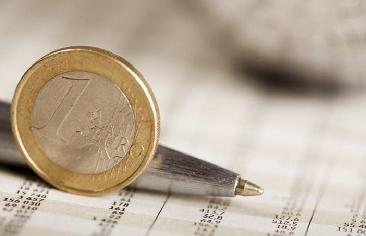 Μάχη για τις αποδόσεις των προθεσμιακών - Τι δίνουν οι τράπεζες
